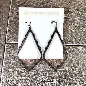 Kendra Scott black sophee earrings